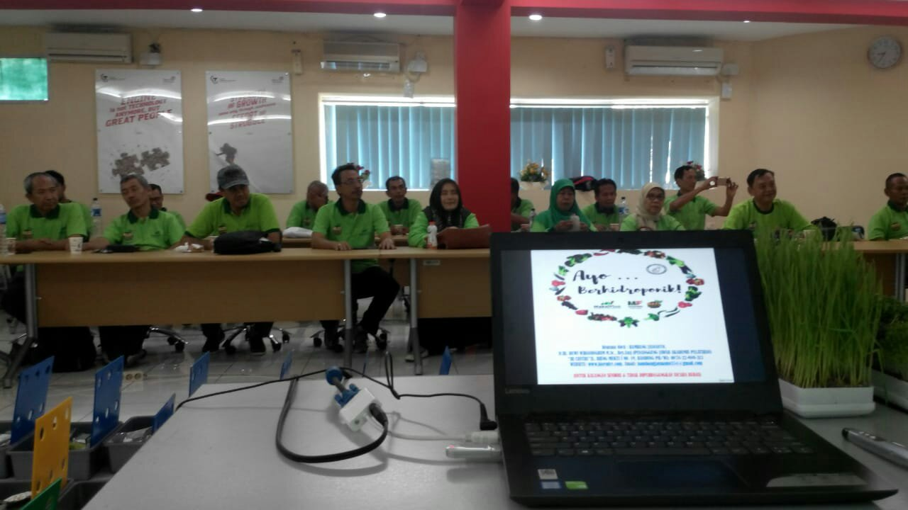 TRAINING HIDROPONIK HBJC SEMARANG BATCH2, 2 DESEMBER 2018 DI TELKOM LEARNING CENTER SEMARANG (REPORT)